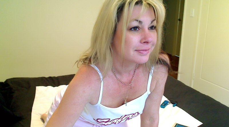blondntrashy pic