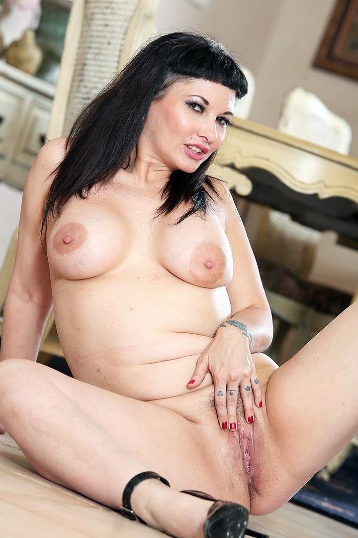 Carrie Ann Pichett