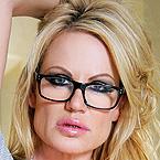 Kelly Madison