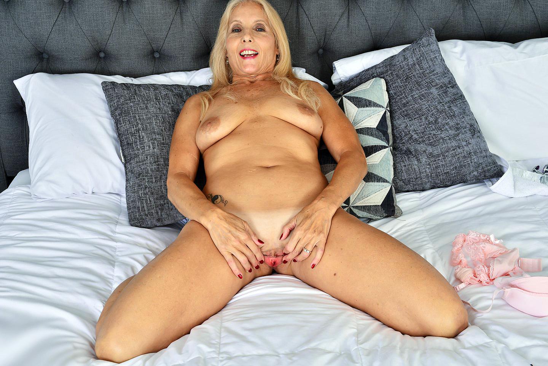 Chery Leigh photo